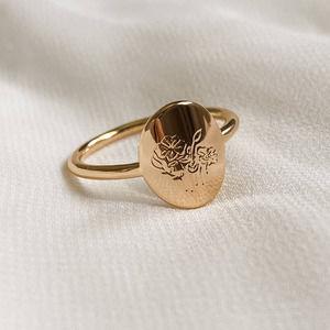 Gold Oval Poppy Flower Signet Ring